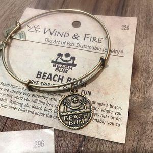 Wind & Fire Jewelry - 🎁 NWT- WIND & FIRE Four Charm Bangles